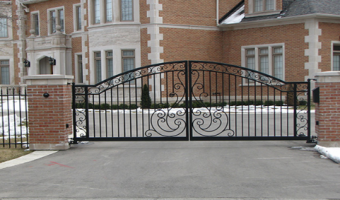 wrought-iron-fence-designs